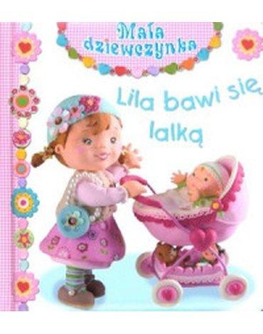 Olesiejuk Sp. z o.o. - Lila bawi się lalką. Mała dziewczynka