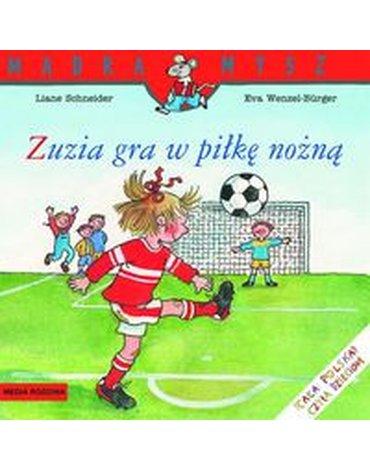 Media Rodzina - Zuzia gra w piłkę nożną