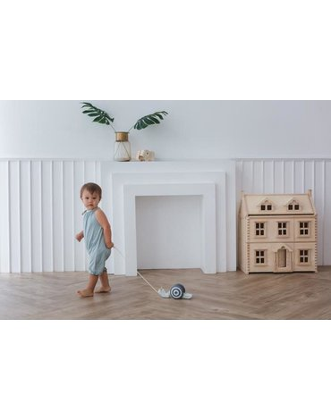 Drewniany ślimak do ciągnięcia odcienie szarości, Plan Toys®