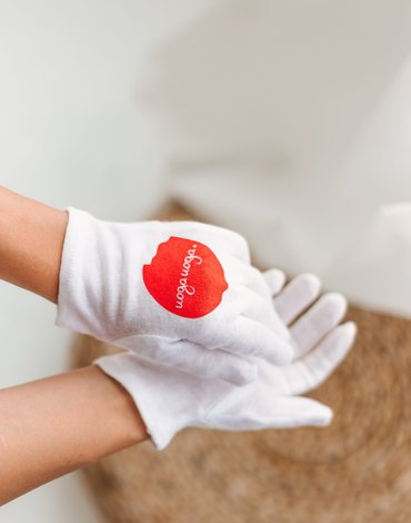 Uoga Uoga, Bawełniane rękawiczki SPA