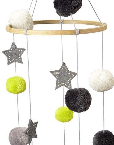 Karuzela wiszące Gwiazdy z pomponami - dekoracja, Kikadu