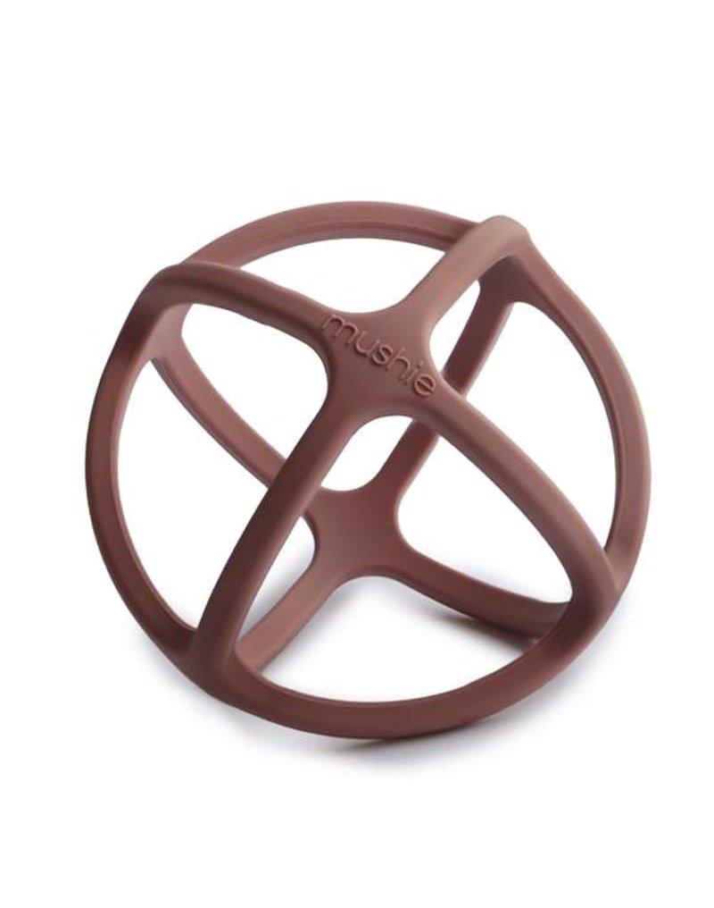 Mushie - Gryzak sensoryczny 3D silikonowy BALL Woodchuck mushie