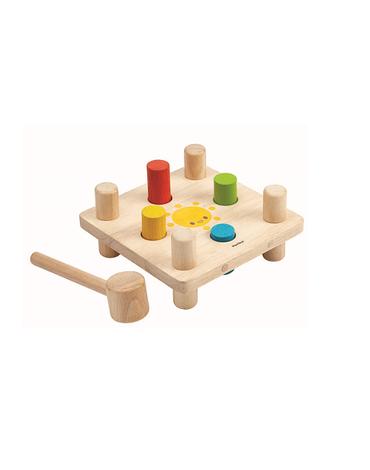 Drewniana plansza z kołkami i młotkiem, Plan Toys. USZKODZONE OPAKOWANIE!