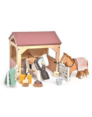 Drewniane figurki do zabawy - stajnia z końmi, Tender Leaf Toys