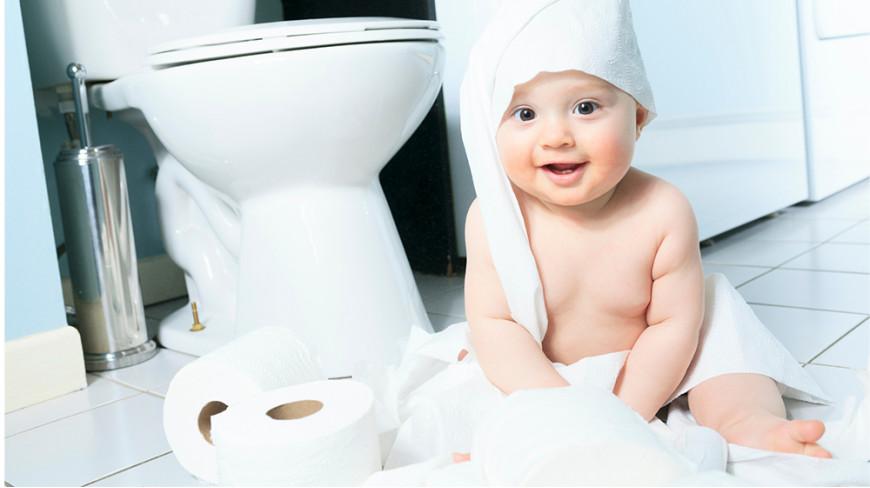 Kiedy dziecko chce zacząć korzystać z toalety – nakładki na deskę